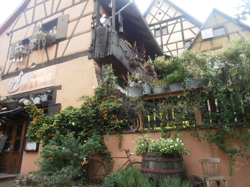 ジブリ映画「ハウルの動く城」のモデルになったコルマール旧市街のレストラン