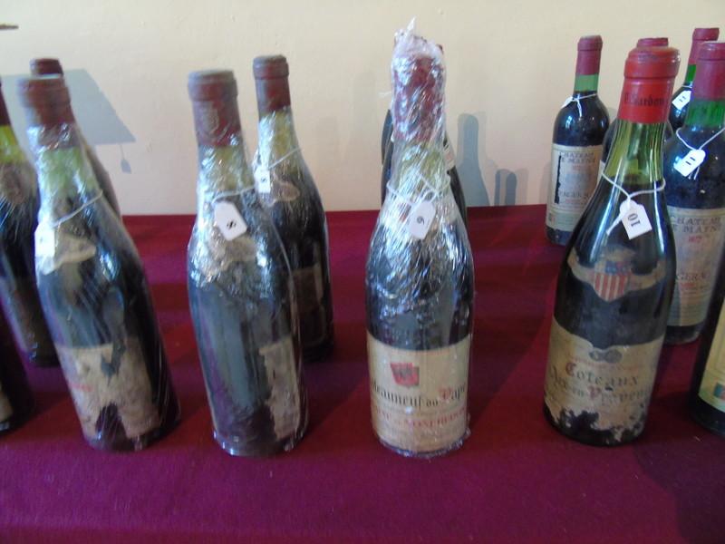 トゥールにて ヴィンテージワインを展示販売